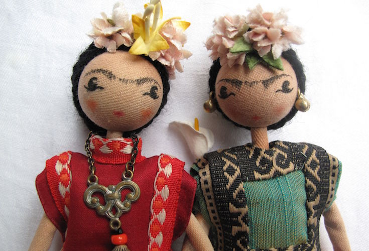 frida-dolls-slider