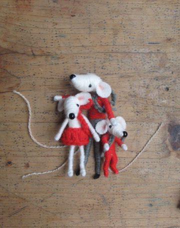 MIce by Sarah Strachan – Devon-based puppet-maker, crafter, artist, designer, performer
